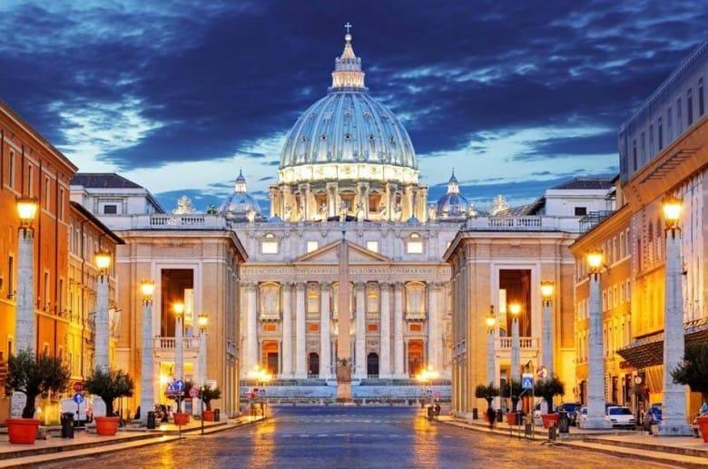 se och göra i vatikanstaten