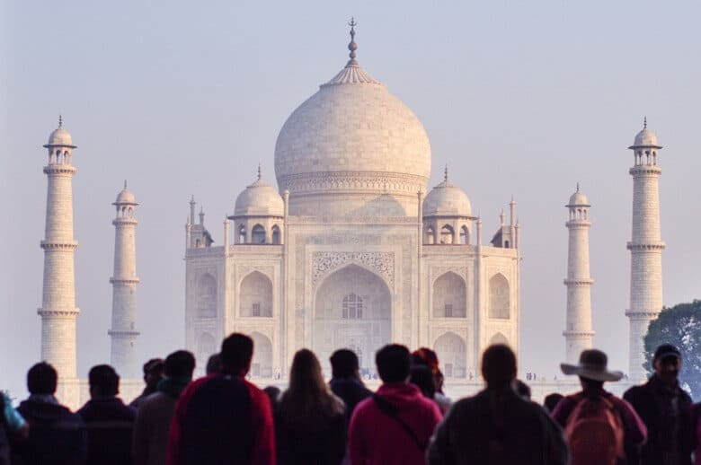 guide to taj mahal