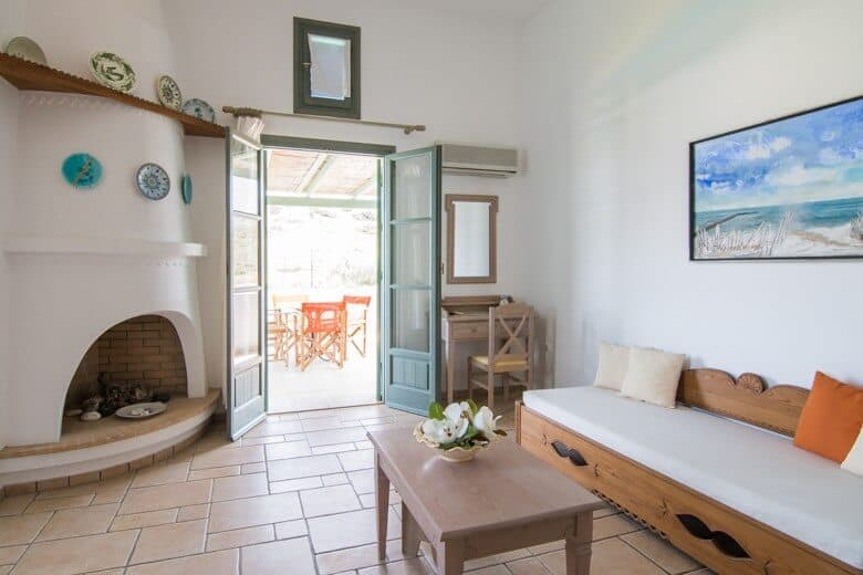 Dioni Hotel room