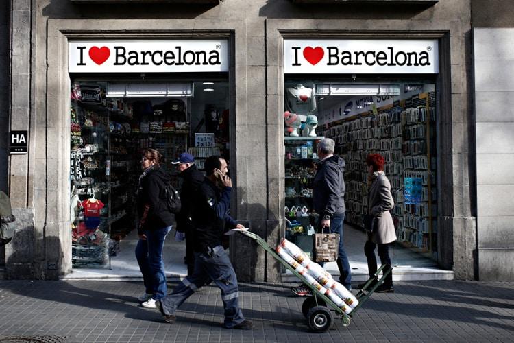 barcelona souvenirs