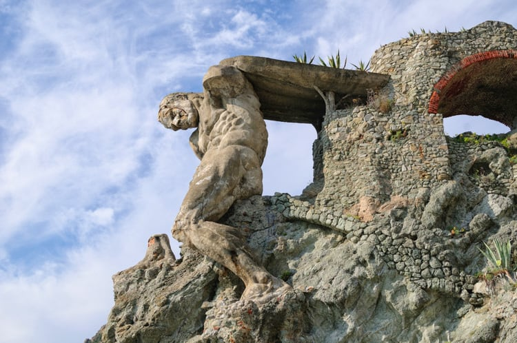 the giant in monterosso