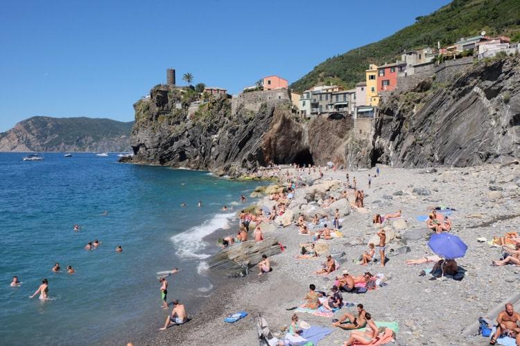 Beaches in vernazza